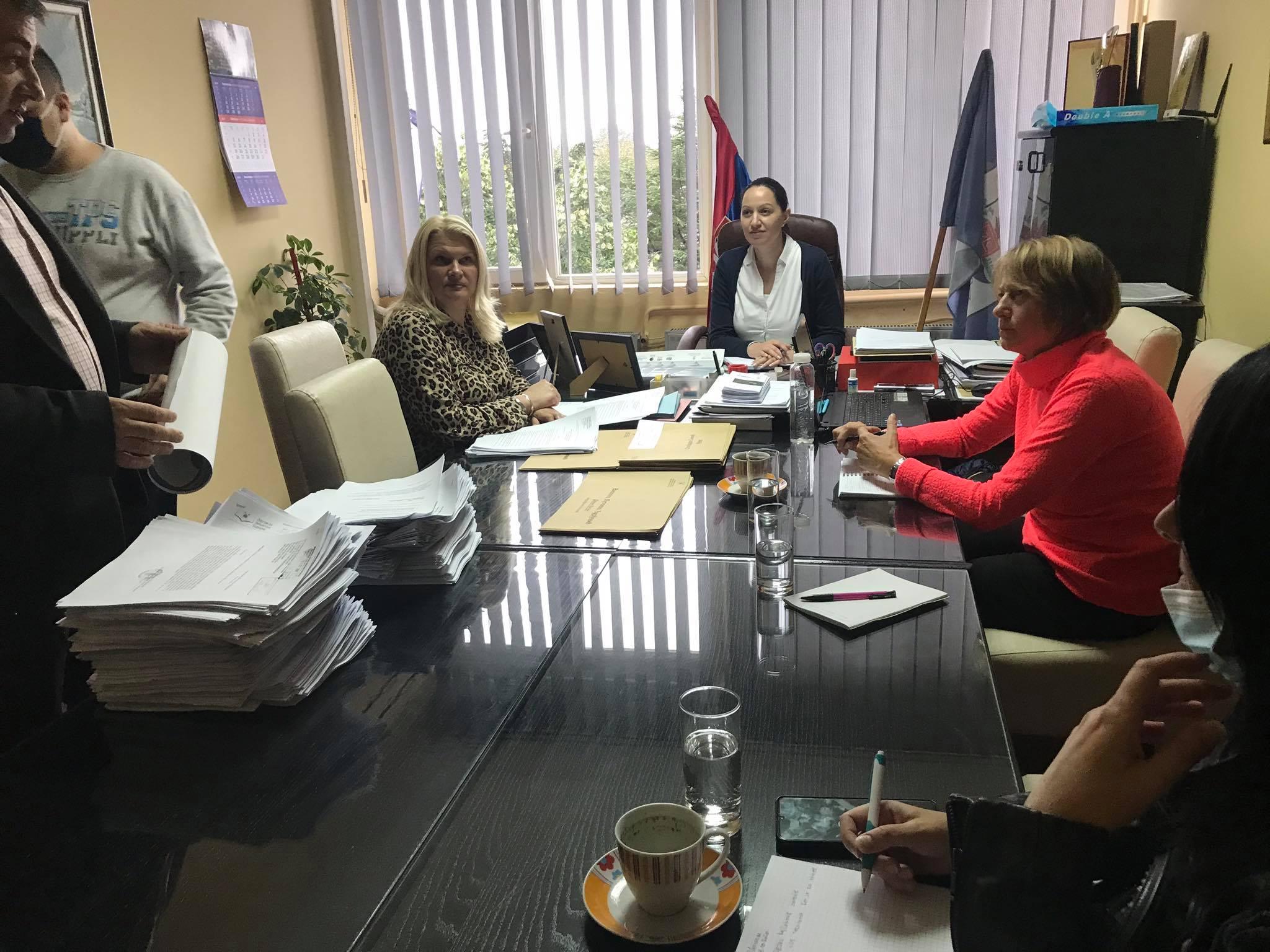 Udruzenje zena Pescanik - Sastanak sa LU Varvarin