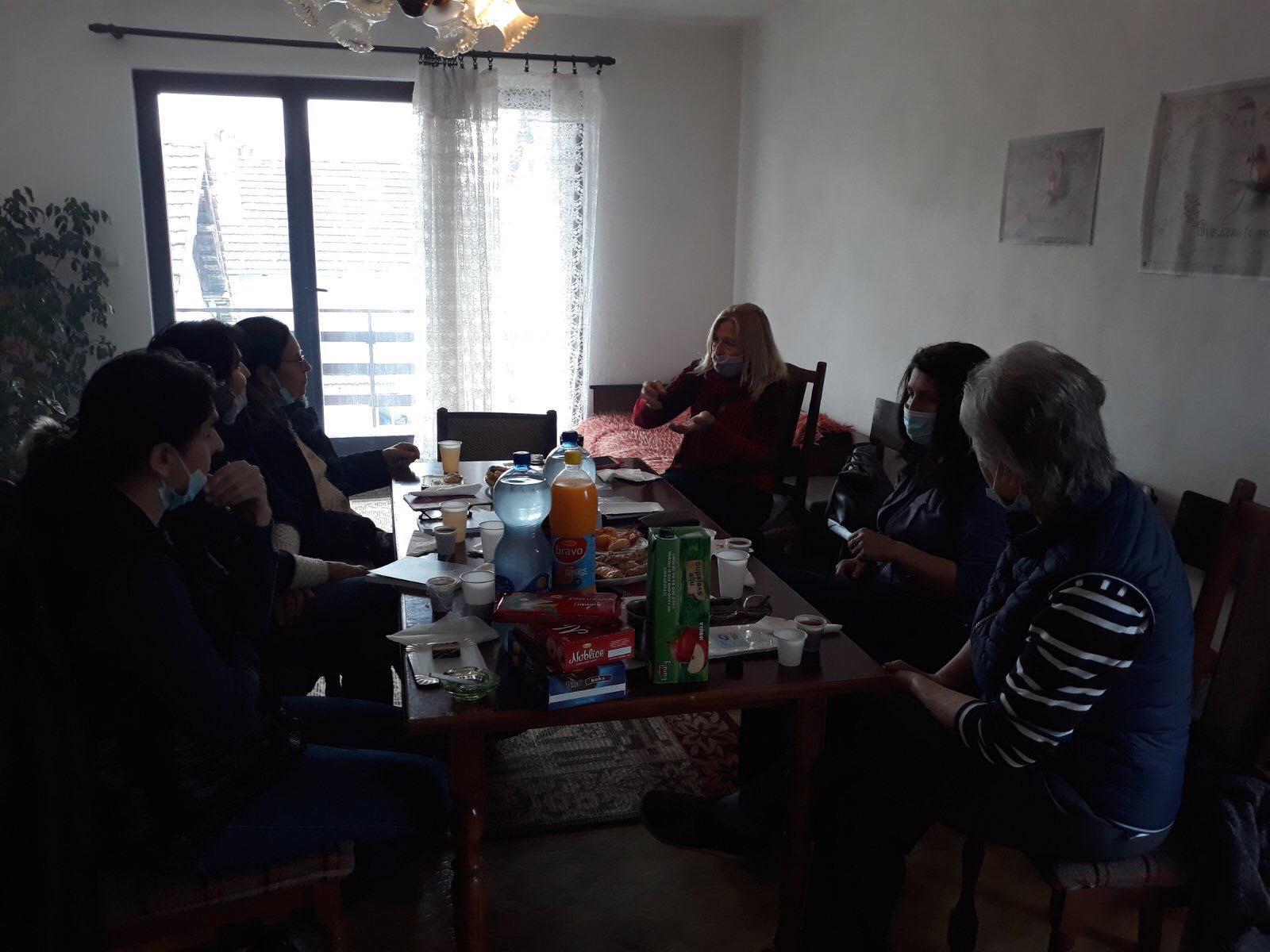 Udruzenje zena Pescanik - Radionica o nasilju nad ženama u Parunovcu
